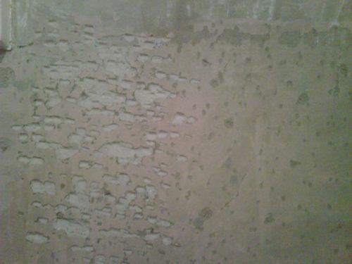 засечки на стене