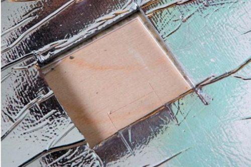 Подготовка места под термодатчик в подложке