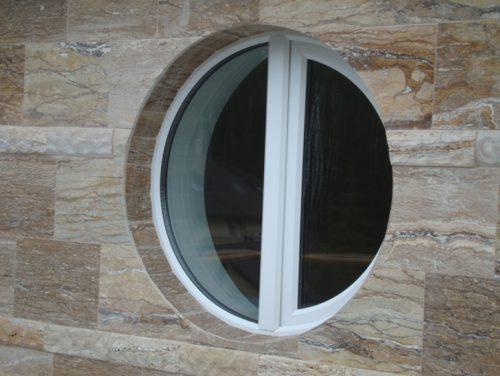 криволинейное стекло