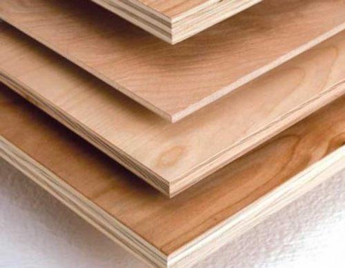 Материалы для выравнивания стен из дерева