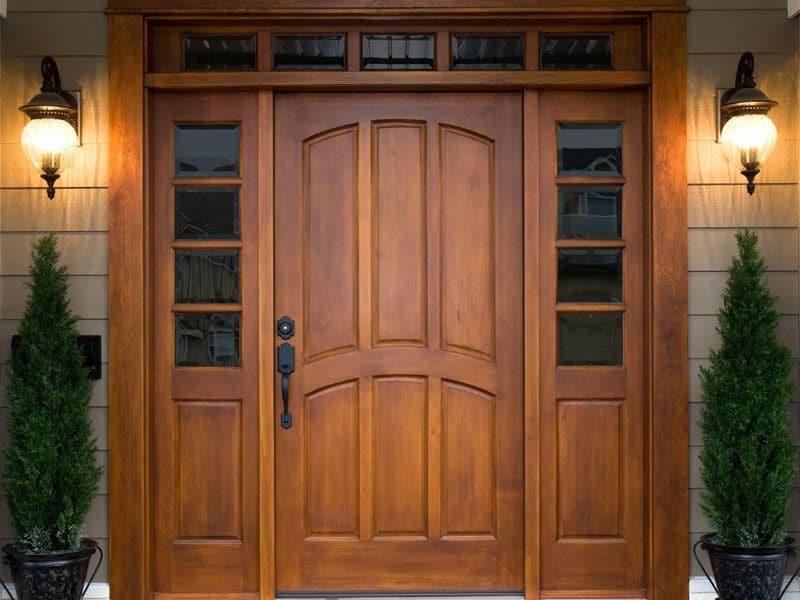 Обшивка металлических дверей деревом