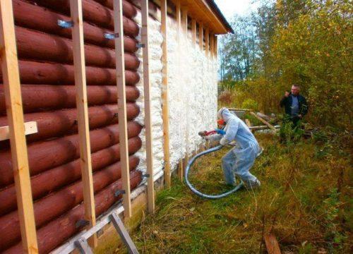 Утепление деревянных стен ППУ – сомнительный метод теплоизоляции