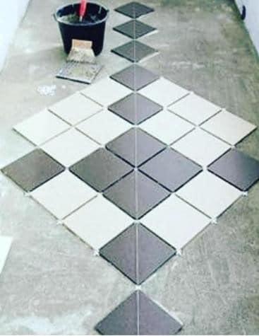 Укладка плитки по диагонали на балконе