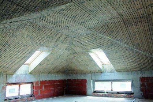 Для потолка нужны легкие материалы