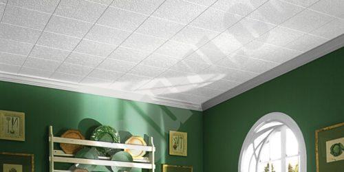 зеленых стен с матовым потолком